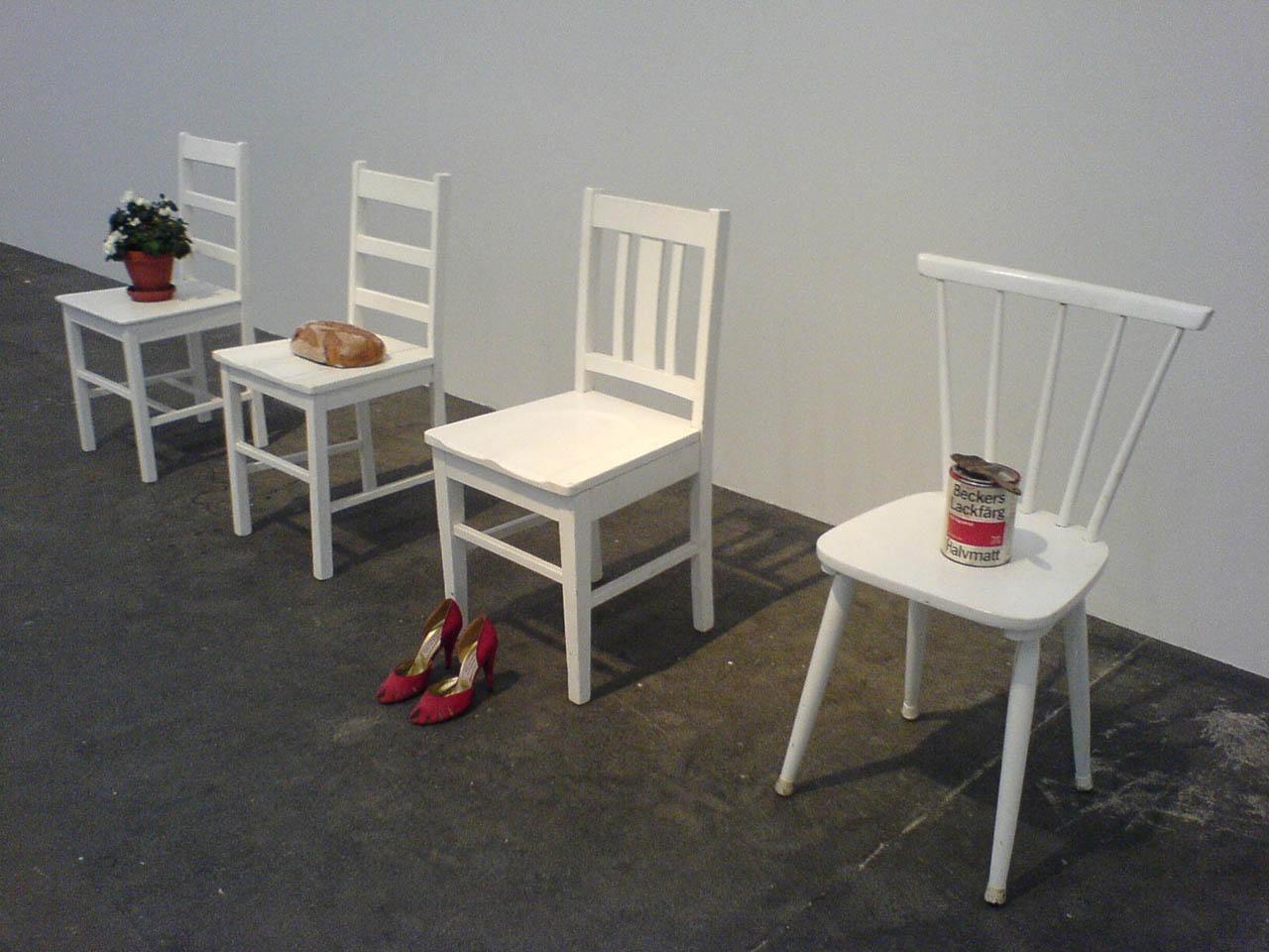 http://www.arpla.fr/canal2/figureblog/wp-content/uploads/2009/05/chairevent01.jpg