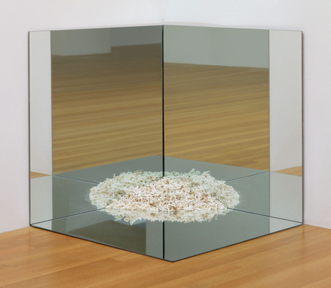 Robert Smithson, Corner Mirror with Coral, 1969