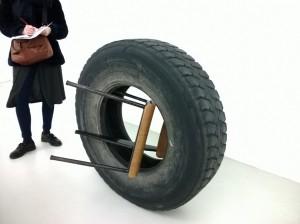 """Détails de l'exposition """"That's me in the picture"""" d'Elisabetta Benassi à la galerie Jousse Entreprise. Crédits photographiques : Hélène Mondet"""