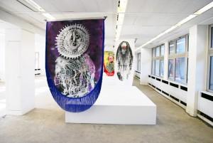 Vue de l'installation duo avec Mike Ladd, Sambodrome (commissariat Mathieu Buard) – avril 2012 © Raphaël Barontini