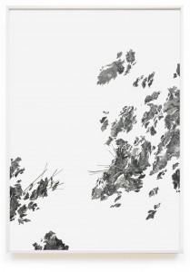 Claire Trotignon, Les relèves sécantes, 2015, collage de gravures et sérigraphies, 180x126 cm. Claire Trotignon, Les surfaces reposantes, 2015, sérigraphie rehaussée à l'aquarelle contrecollée sur un plateau de jeu, 66x52 cm. © Galerie de Roussan