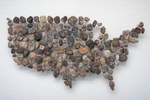 Mel Ziegler, Rock Hard Individualism, 2010, roches, aluminium, 84 x 166 x 12 cm © Mel Ziegler et Galerie Perrotin