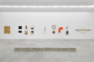 Construction/Destruction, Vue de l'exposition, Courtesy Almine Rech, 2015