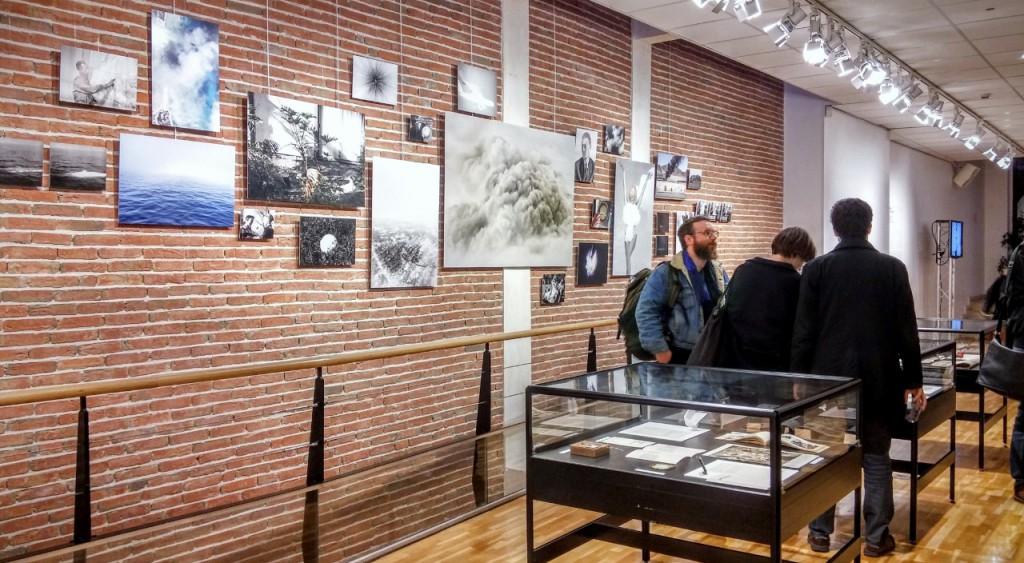 Vue de l'exposition du Prix Levallois, du 9 octobre au 28 novembre à L'Escale, Levallois © Mona Prudhomme, 2015