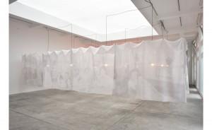 Christian Boltanski, Traversée de la vie, Installation, 2015, Galerie Marian Goodman, crédits à l'artiste et à la galerie.