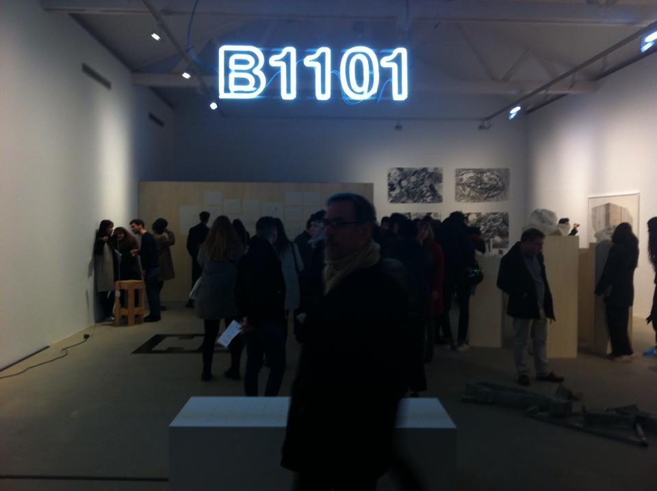 """Cloé Beaugrand, """"B1101"""", 2016. Vue de l'exposition à la Galerie Thaddaeus Ropac à Paris lors de la 66ème Édition de Jeune Création Photographie : Dos Mares, programme de résidences internationales"""